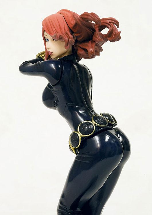 "01. Veuve Noire (Black Widow) ""N.Romanova"" & Exclu SDCC 2009 ""Y.Belova"" BlackWidow03"